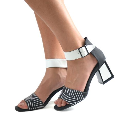 24 Hore Sandalo da donna con cinturino