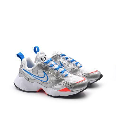 Nike Wmns Air Heights sneaker da donna